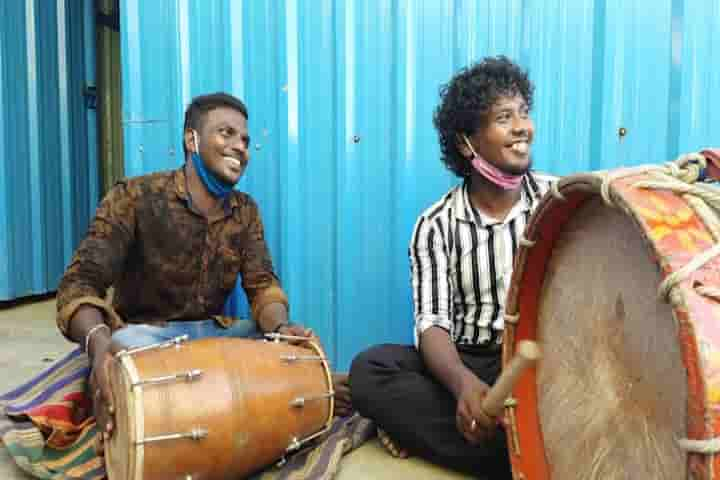 The passion for music in brothers Deepan and Rajan could not be killed despite the hardships of Covid-19 lockdown restrictions (Pics: Courtesy in.news.yahoo.com)