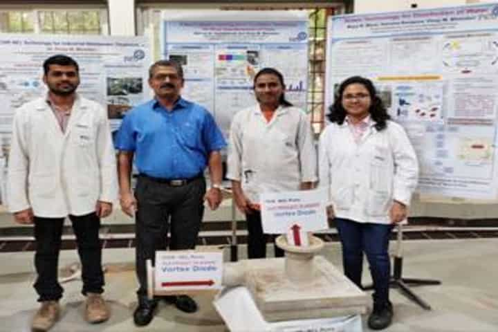 Students_demonstrating_hybrid_cavitation_technology_at_NCL_and_IIT_Bombay-TechFest_2020.jpg