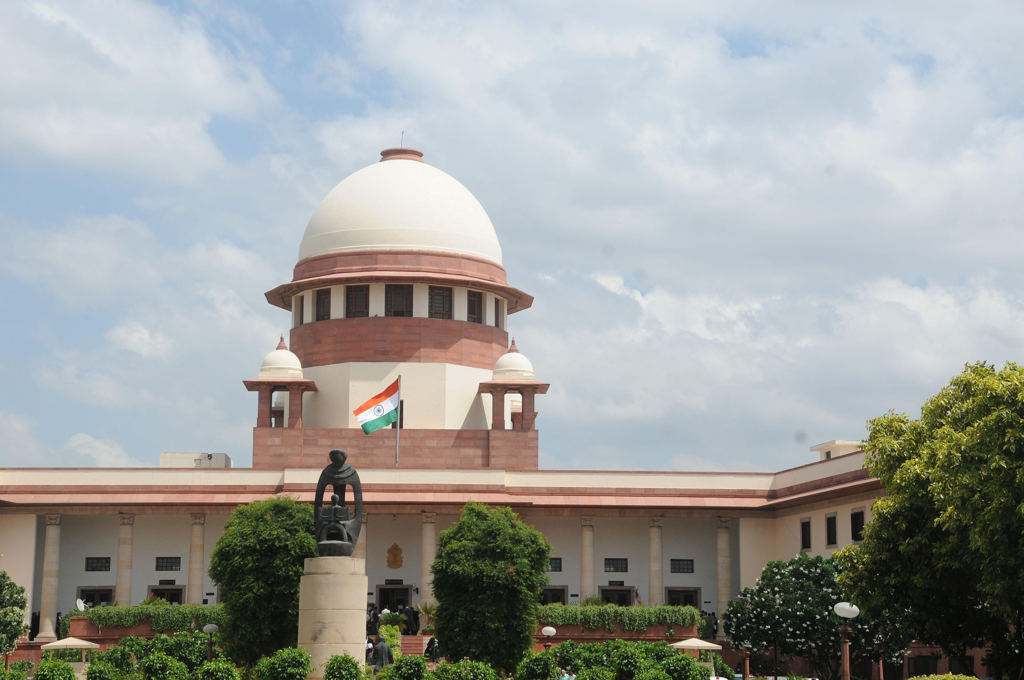 The Indian Supreme Court has stopped using WhatsApp to share video conference links for court hearings (IANS)