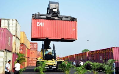 Exports, an important pillar of economic growth