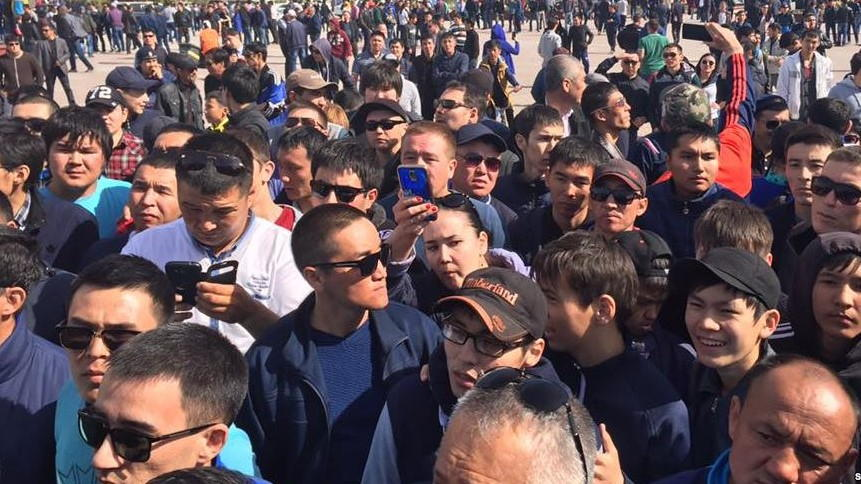 Street protests amid fears of China's land grab in Kazakhstan pay off